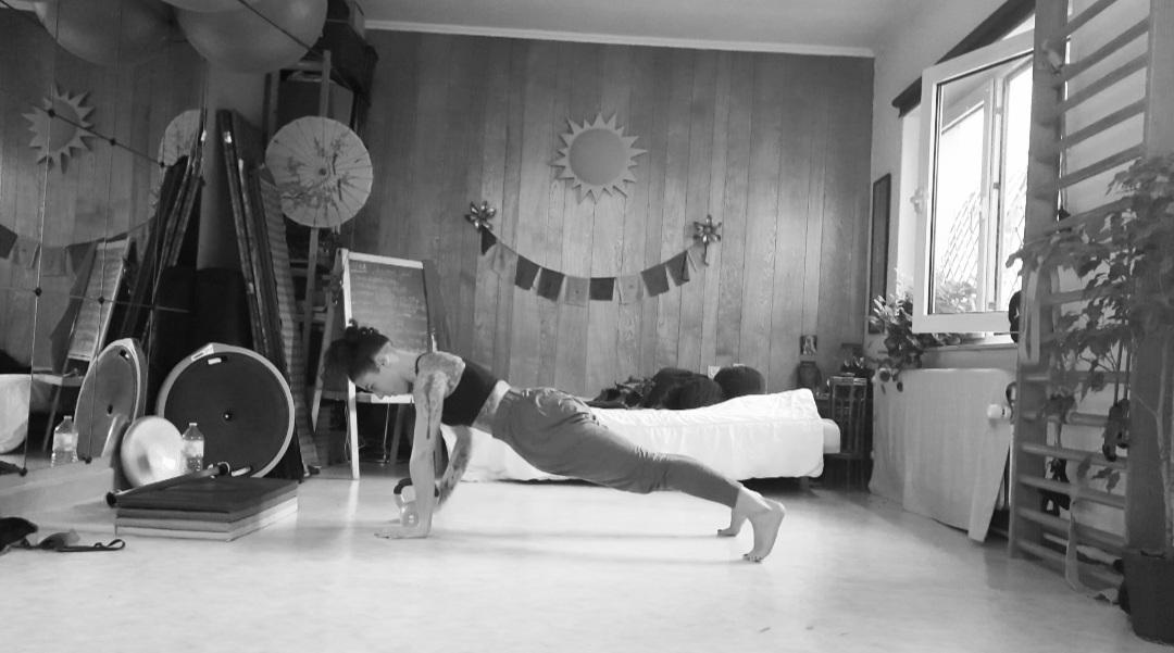 Posture, gainage et renforcement musculaire.